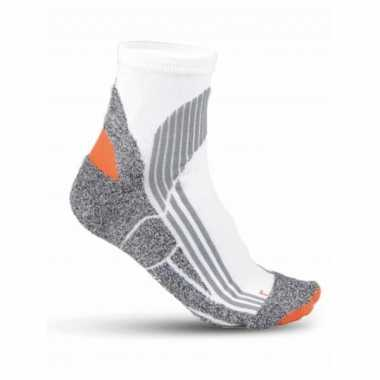 Goedkope 2x paar hardloop sokken in het wit maat 39 42