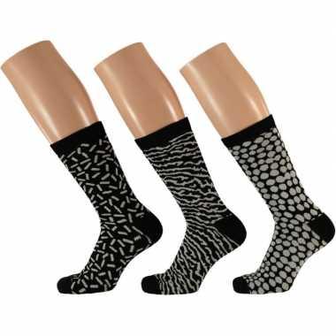 Goedkope 3 pak dames sokken zwart/wit maat 35 42 type 1