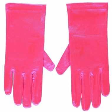 Goedkope fuchsia roze satijnen verkleed handschoenen 20 cm