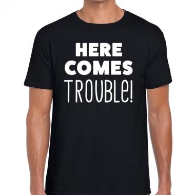 Goedkope fun t shirt here comes trouble zwart voor heren