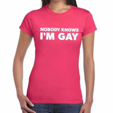 Goedkope gay pride nobody knows i am gay shirt roze dames