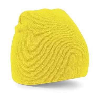 Goedkope gebreide beanie wintermuts in het geel basic line