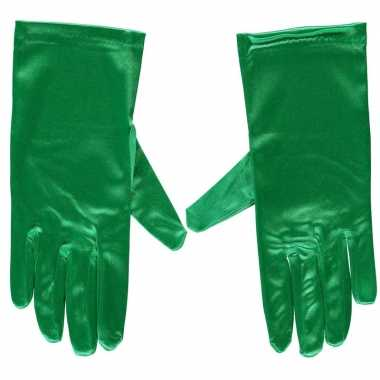 Goedkope groene satijnen verkleed handschoenen 20 cm