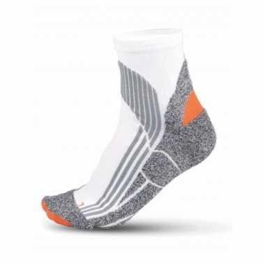 Goedkope hardloop sokken in het wit maat 43 46