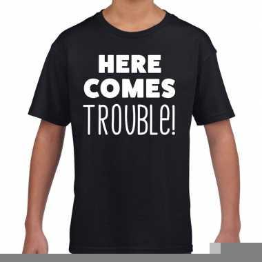 Goedkope here comes trouble fun t shirt zwart voor kids