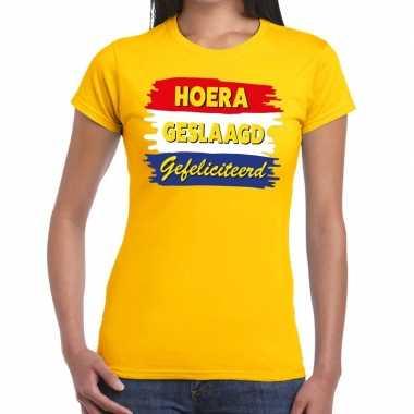 Goedkope hoera geslaagd gefeliciteerd geel fun t shirt voor dames