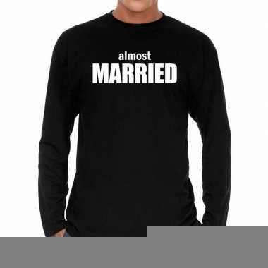 Goedkope long sleeve t shirt zwart met almost married bedrukking voor