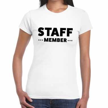 Goedkope personeel t shirt wit met staff member bedrukking voor dames
