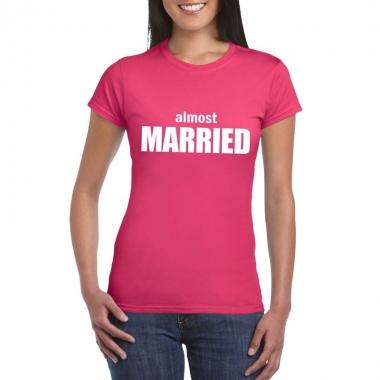Goedkope vrijgezellenfeest almost married fun t shirt roze voor dames