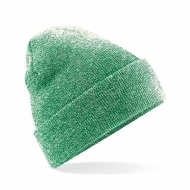 Goedkope warme gebreide muts in het groen gemeleerd