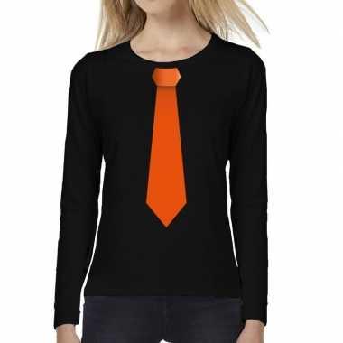 Goedkope zwart long sleeve t shirt zwart met oranje stropdas bedrukki
