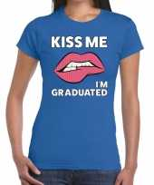 Goedkope kiss me i am graduated blauw fun t-shirt voor dames