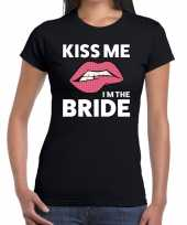 Goedkope kiss me i am the bride zwart fun t-shirt voor dames